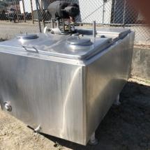 200 gal SS milk storage tank
